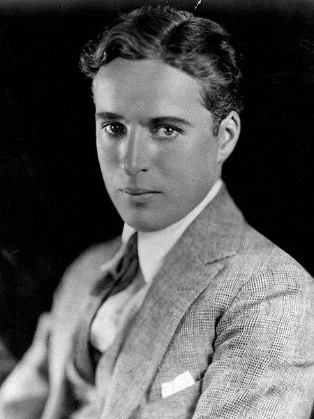 450px-Charlie_Chaplin_portrait.jpg