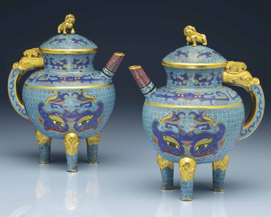 2014_NYR_02873_0622_000a_rare_pair_of_cloisonne_enamel_archaistic_tripod_ewers_and_covers_he.jpg