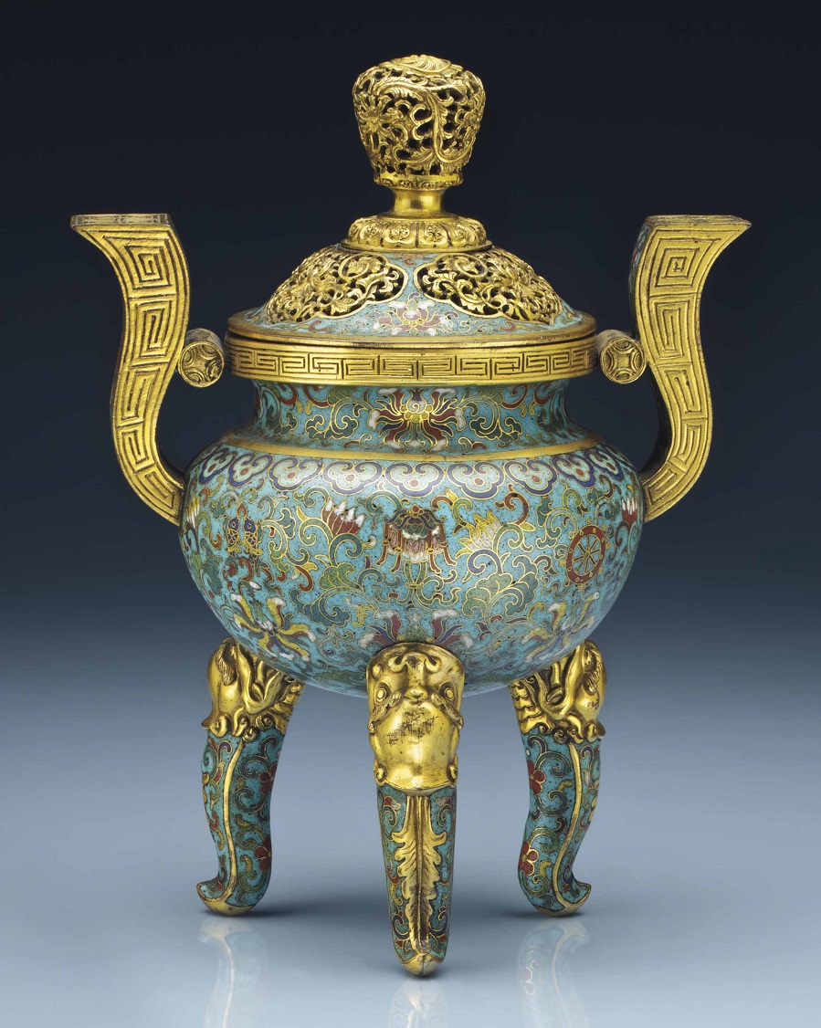 2014_NYR_02873_0626_000a_cloisonne_enamel_tripod_censer_and_cover_qianlong_period.jpg