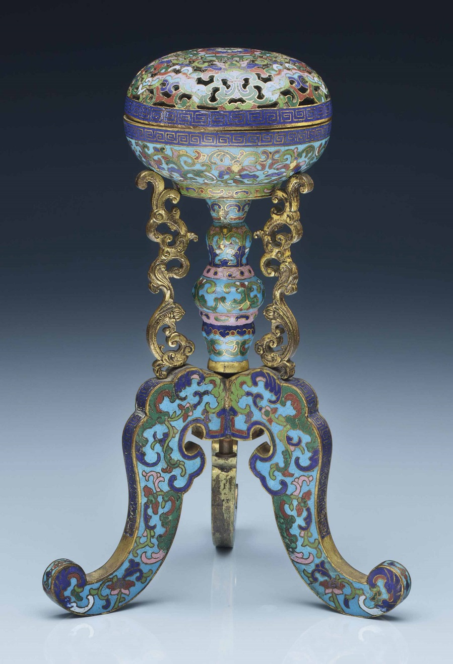 2014_NYR_02873_0627_000a_cloisonne_enamel_tripod_hat_stand_18th-early_19th_century.jpg