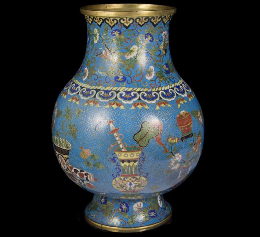 qianlong-enamel-vase.jpg