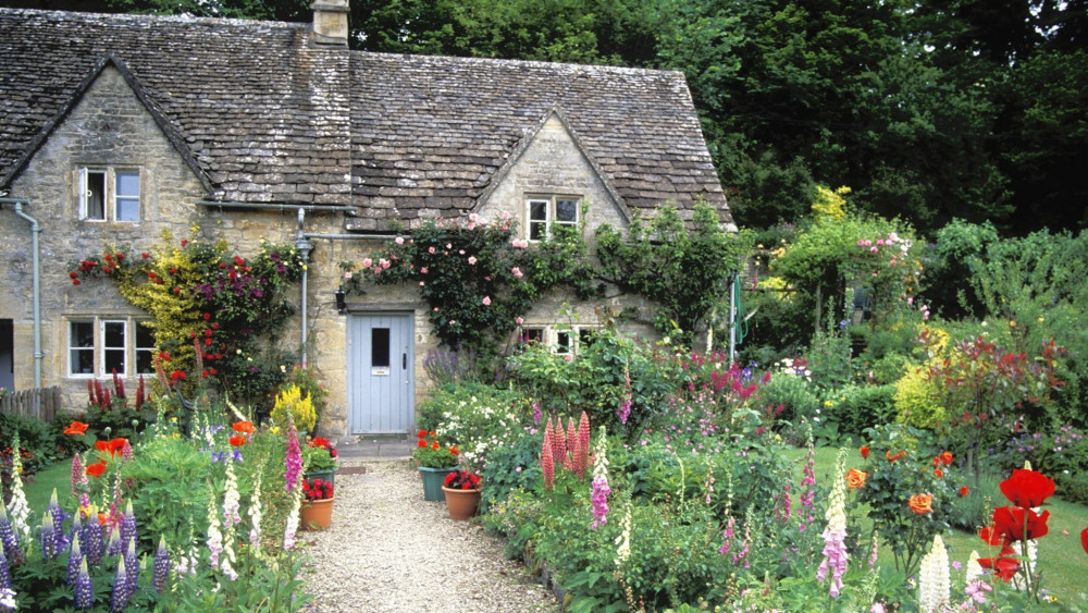 england-cottage-garden-2048x1152-wallpaper.jpg